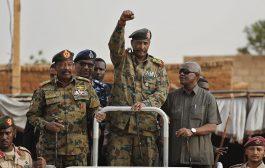 رئيس المجلس العسكري الانتقالي في السودان قواتنا باقية في اليمن