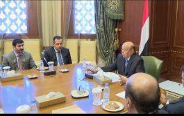 الرئيس هادي يلتقي محافظي عدد من محافظات الجمهورية