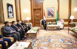 قمة يمنية سعودية في مكة المكرمة تناقش تطورات الأوضاع في العاصمة المؤقتة عدن