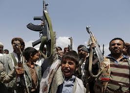 مليشيات الحوثي تعترف بمقتل أحد قادتها وطيران التحالف يقصف مواقع المليشيات في حرض