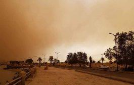 شاهد صور موجة غبار شديدة تجتاح العاصمة عدن