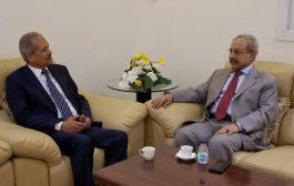 قيادةالمؤسسة العامة للتأمينات الأجتماعية تناقش إمكانية إعادة تفعيل مكتبها بقنصلية مدينة جدة