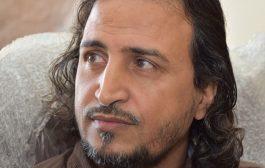 رشاد السامعي يستنكر محاولة احدى الجامعات سرقة لوحته