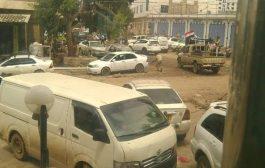 المجلس الأهلي بذبحان يستنكر عملية قتل 2 من حراسة محافظ تعز نبيل شمسان