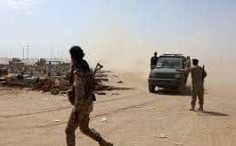 بالتزامن مع معارك عنيفة تشهدها جبهات الجوف.. قائد العمليات المشتركة يدعوا المواطنين إلى الابتعاد عن مواقع الحوثيين