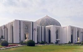 انباء عن  وصول وفدي الحكومة والإنتقالي إلى قصر اليمامة بالرياض