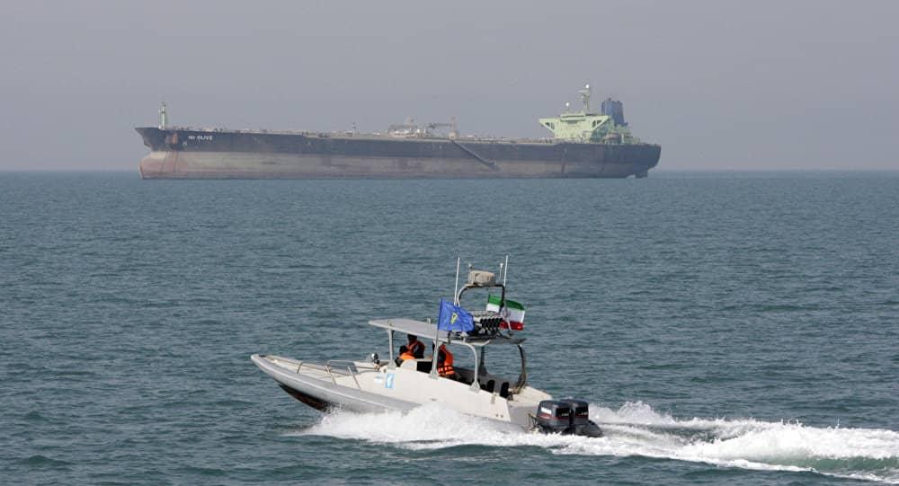 تحالف عسكري بقيادة أمريكية يباشر مهمّة حماية الملاحة في الخليج