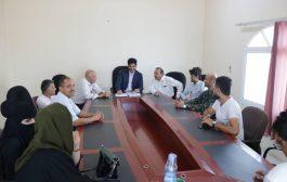 شريف يترأس أجتماعا لعدد من القطاعات في وزارة النقل