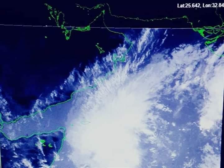 الارصاد تحذر من عاصفة اعصارية جديدة قد تضرب سقطرى