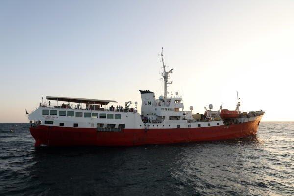 تشاؤم يمني من «السفينة»… ومسؤول يعدّ تحرير الحديدة «أكبر عملية إغاثة»