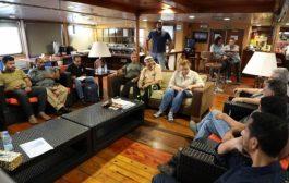 بعد وصول الفريق الحكومي إلى السفينة الأممية.. ينعقد اجتماع ثلاثي مشترك