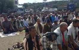 تواصل اعتصامات التنديد بإغتيال الحمادي والمطالبة بتشكيل لجنة محايدة للتحقيق