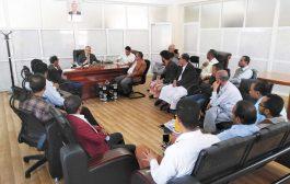 مديرعام مكتب مالية تعز يجتمع بمدراء الشؤون المالية والحسابات في القطاع الصحي والمكاتب المركزية