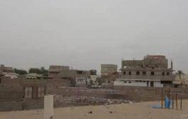 مليشيات الحوثي الإنقلابية تقصف الأحياء السكنية جنوب الحديدة