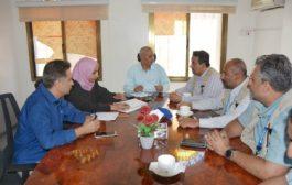 القائم بأعمال وزير المياه والبيئة يناقش خدمات مشاريع المياه في اليمن مع فريق مكتب الأمم المتحدة