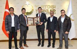 بعد رفض مؤسسات وشخصيات يمنية لقاءهم او دعمهم، إتحاد الطلاب اليمنيين بتركيا يزور هيئة المنح التركية