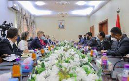 الاتحاد الاروبي يؤكد وقوفه مع الحكومة اليمنية